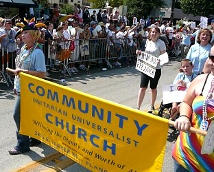 community uu banner at pride parade